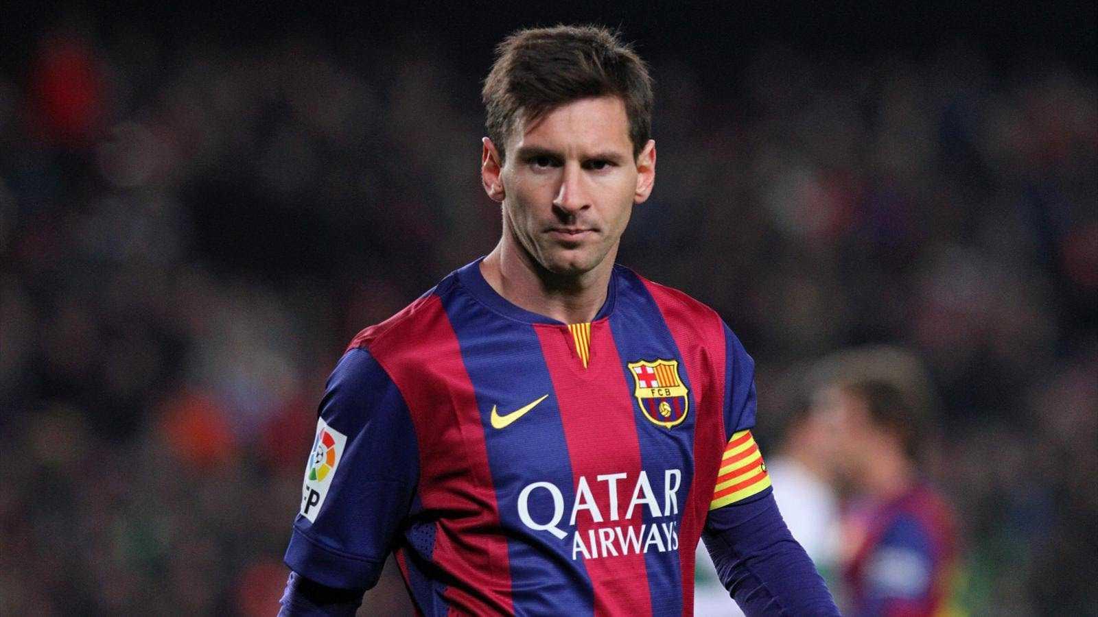 Messi ve Hazard'lı FIFA 15 Noel Reklamı