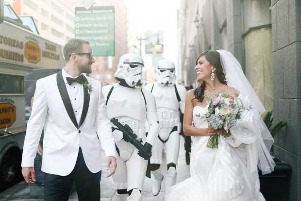 Star Wars Temalı Bu Eşsiz Düğüne Katılın!