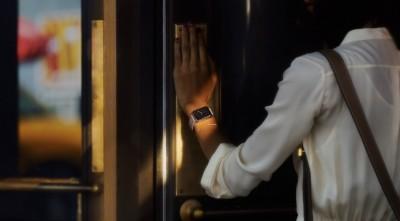 Apple Watch Edition Öne Geçirecek!