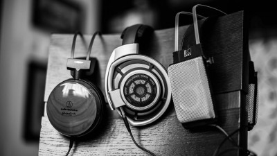 Ses Tuşları ile Uygulamaları Kontrol Edin
