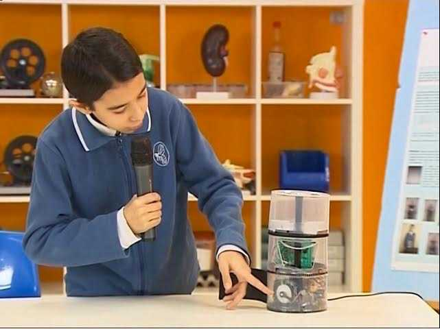 Altıncı Sınıf Öğrencisi İlaç Saati Hatırlatma Cihazı İcat Etti