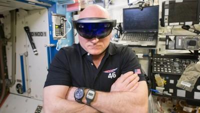 Astronot Scott Kelly HoloLens'i Çok Sevmiş
