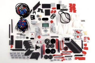 LEGO ile ROBOT Yapıyoruz!