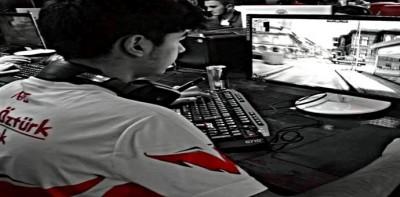 "Crew e-Sports Club ZULA Kaptanı Faruk ""Maxic"" Öztürk ile Röportaj"