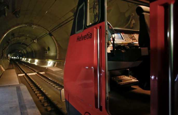 Dünyanın En Uzun Demiryolu Tüneli İsviçre'de Açılıyor