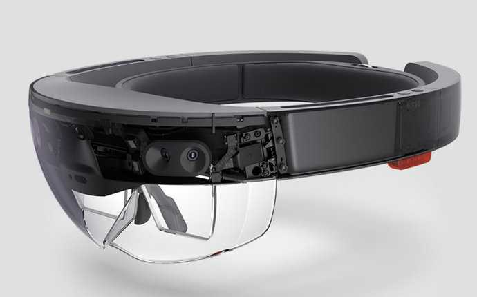 Microsoft HoloLens'i Askeri Alanda Kullanmak İstiyor