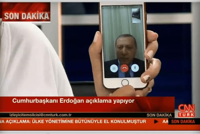 Sosyal Medya Darbeye Karşı Gelişen Halk Reaksiyonunu Artırdı