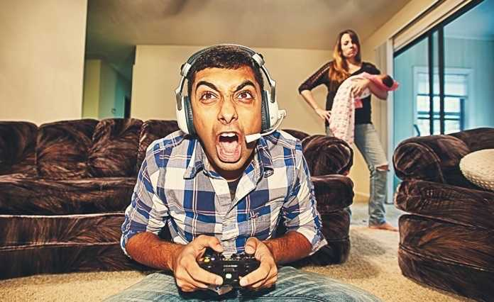 Makale: Oyun Oynayacağım Diye Eşinizi İhmal Etmeyin