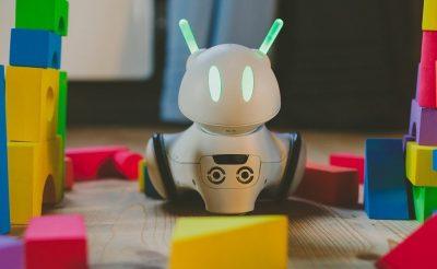 Polonyalı Mucitler Duygusal Robot İcat Etti!