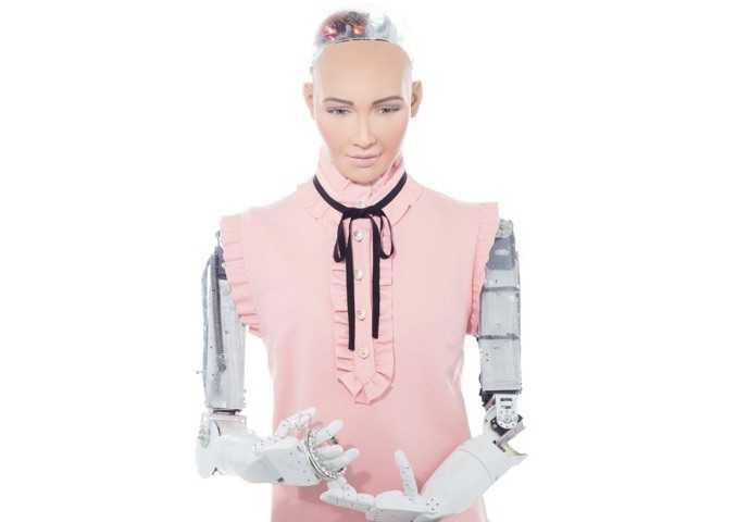 Dünyanın İlk İnsansı Robotu Sophia Türkiye'ye Gelecek