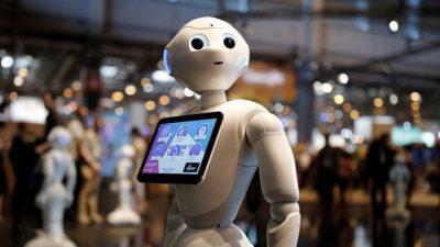 Robot Market Görevlisi 1 Hafta Dayanabildi!