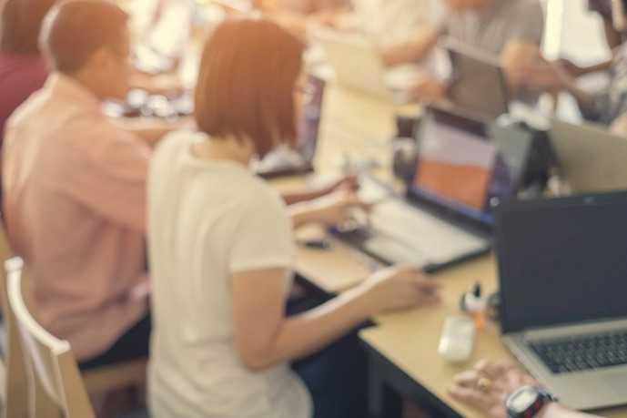 Araştırma: Reklam Sektörü Çalışanları Mutsuz