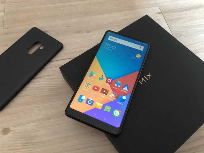 Xiaomi Mi Mix 2s Kablosuz Şarj Desteği İle Geliyor