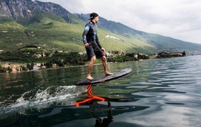 Audi'den elektrikli sörf tahtası: Audi e-foil