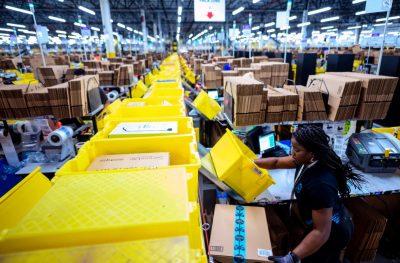 Amazon koronavirüs yüzünden zor durumda