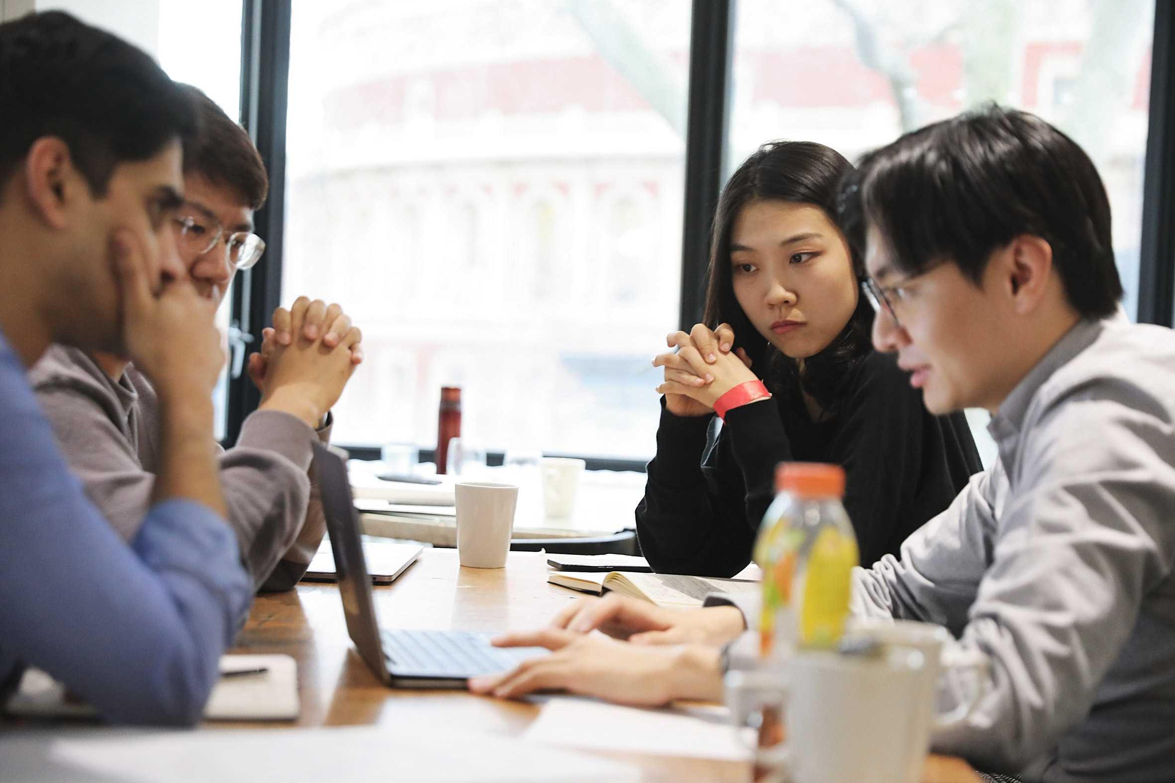 Royal College of Art öğrencileri ve OPPO'dan insanlaştırma teknolojisi işbirliği
