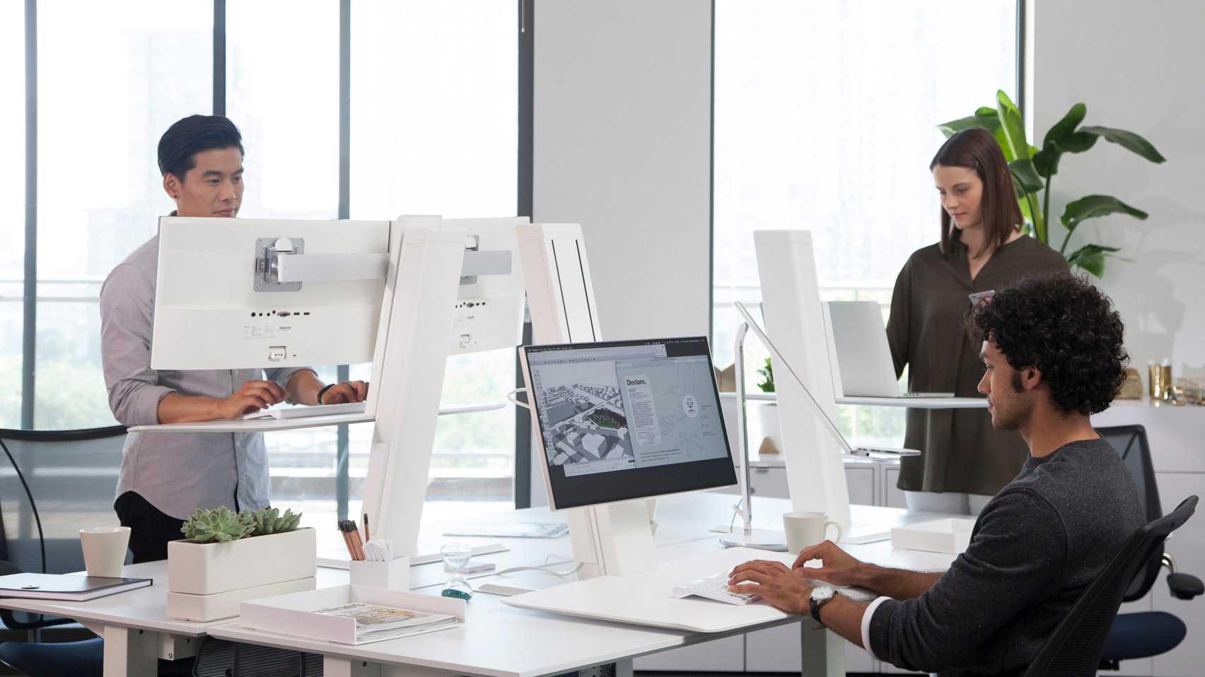 Humanscale'den ayarlanabilir bilgisayar standı